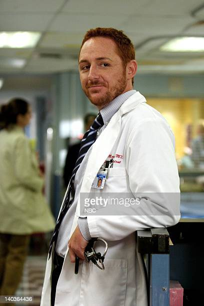 ER 'Man with No Name' Episode 3 Air Date Pictured Scott Grimes as Doctor Archie Morris Photo by Justin Lubin/NBCU Photo Bank