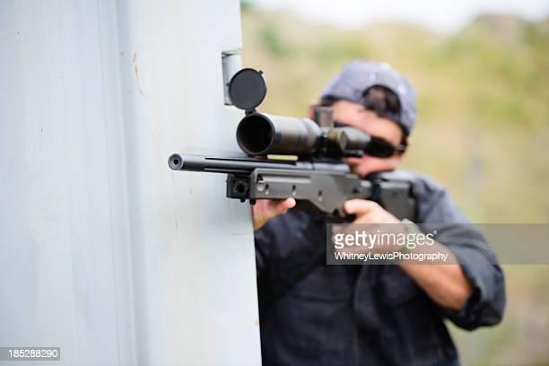 男性、狙撃兵