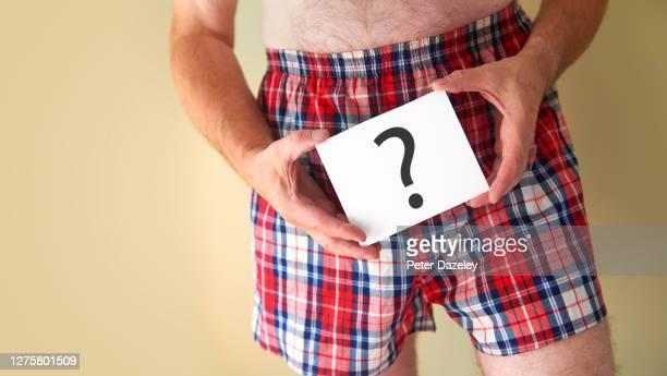 man with std - condiloma fotografías e imágenes de stock