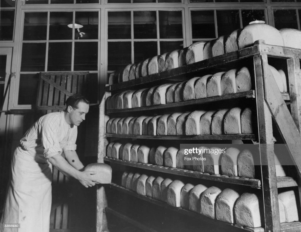Bread Baking : News Photo