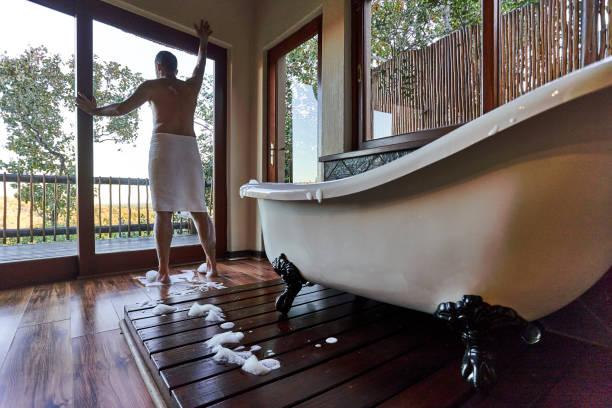 back to wall freestanding bathtubs