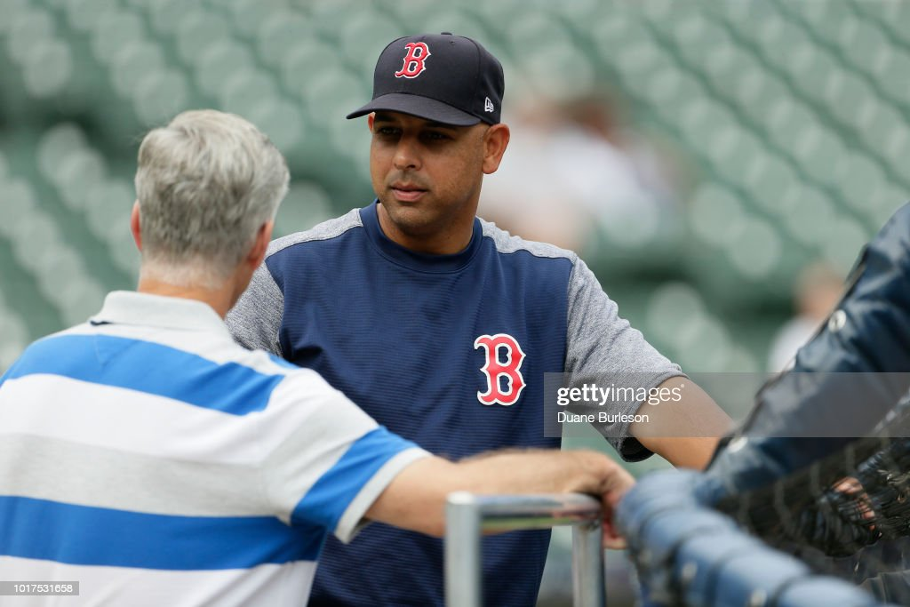 e185b97747 Manager Alex Cora of the Boston Red Sox talks with General Manager ...
