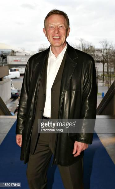 Manager Alfred Bremm Bei Der Verleihung Des 40 Adolf Grimme Preis Im Theater In Marl Am 030404