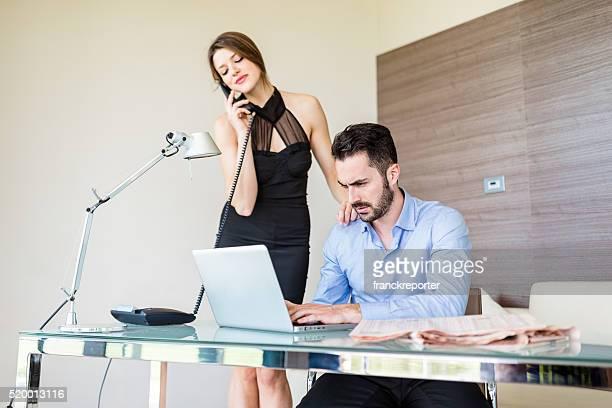 Responsable et secrétaire au bureau