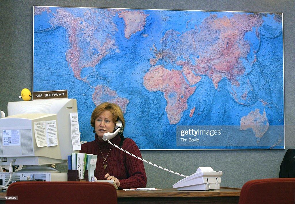 Delta Cuts Travel Agent Commissions : Nachrichtenfoto