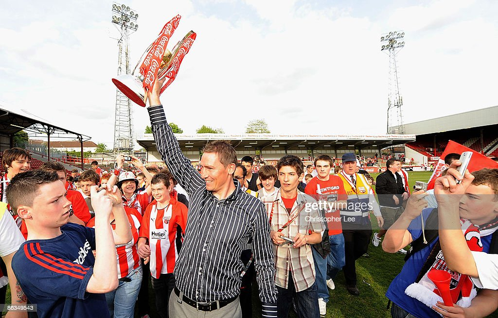 Brentford v Luton Town : News Photo