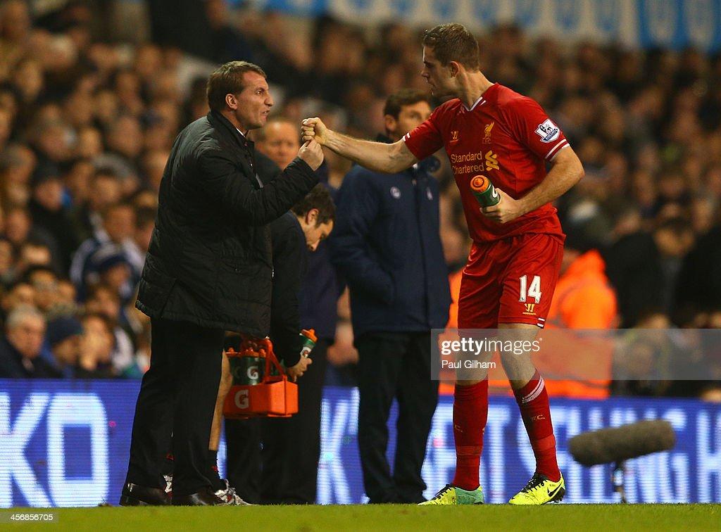 Tottenham Hotspur v Liverpool - Premier League : Foto jornalística