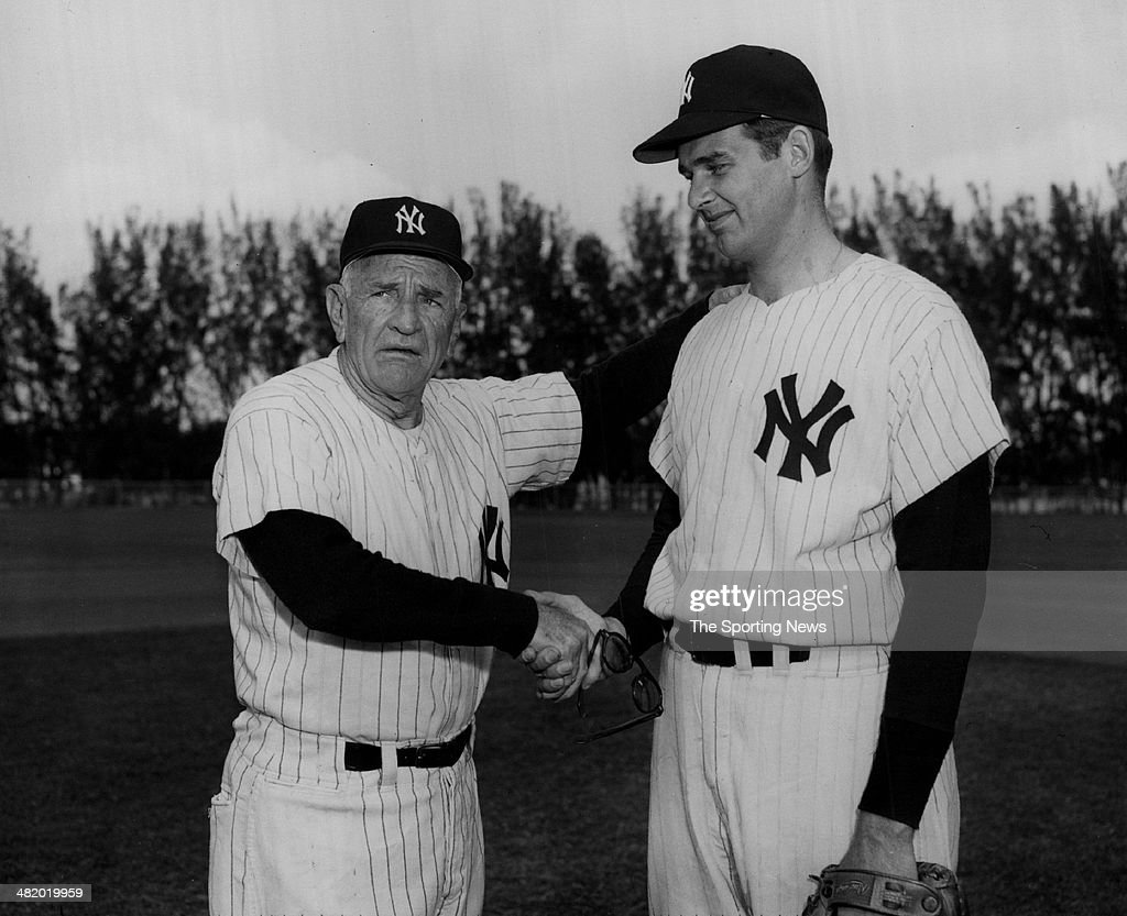 Manager Casey Stengel of the New York Yankees shakes hands with Don Larsen circa 1950s.