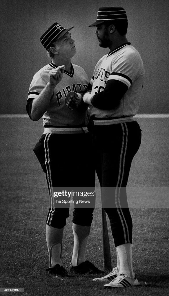 Manager Chuck Tanner and Dave Parker of the Pittsburgh Pirates talk circa 1970s.
