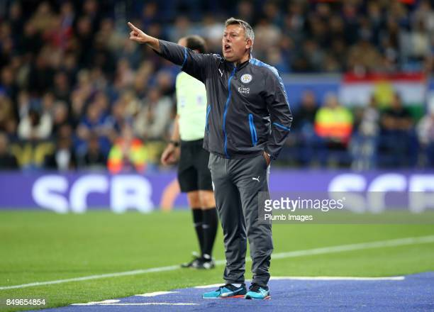 Manager Craig Shakespeare of Leicester City directs his players during the Carabao Cup third round match between Leicester City and Liverpool at King...