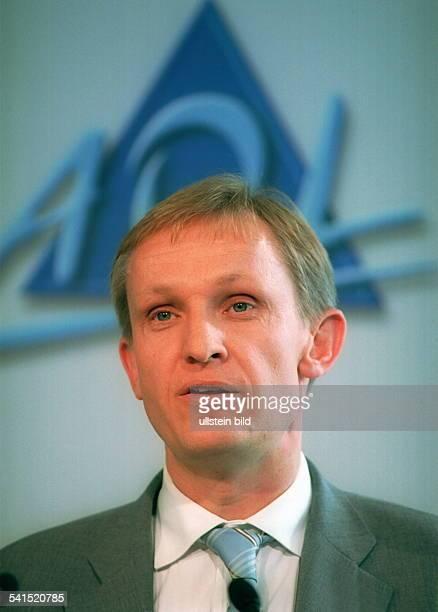 Manager, D- Vorsitzender der Geschäftsführung des Onlinedienstes AOL DeutschlandPorträt
