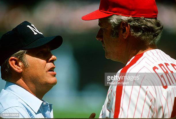 Manager Dallas Green of the Philadelphia Phillies argues with an umpire during an Major League Baseball game circa 1980 at Veterans Stadium in...