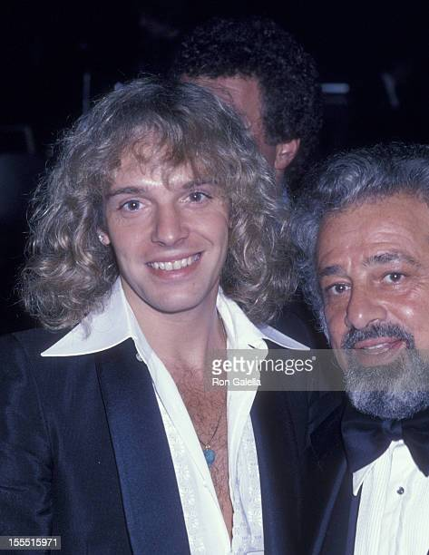 Manager Dee Anthony and musician Peter Frampton attend the party honoring Clive Davis on February 24 1978 at the Beverly Wilshire Hotel in Beverly...