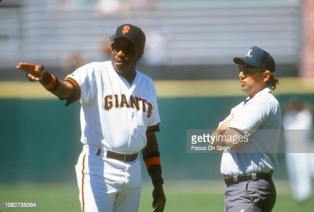 Manager Dusty Baker of the San Francisco Giants argues with an umpire during a Major League Baseball game circa 1995 at Candlestick Park in San...