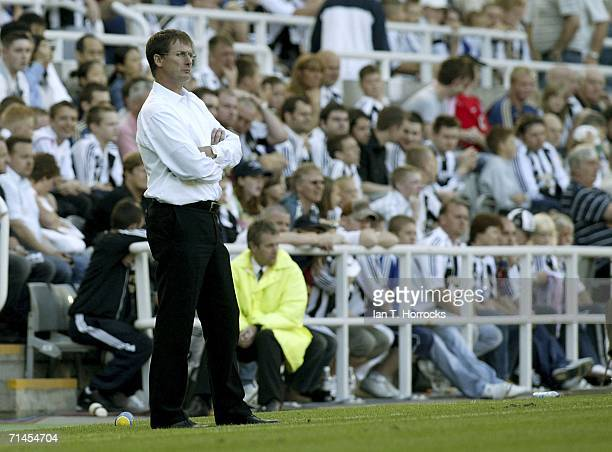 Manager Glenn Roeder of Newcastle watches on during the UEFA Intertoto Cup third round First leg match between Newcastle United v Lillestrom SK at St...