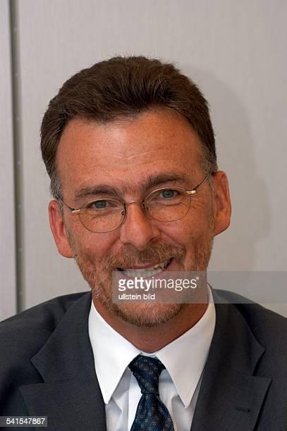 Manager Ingenieur LuxemburgAirbus Deutschland GmbH Bereich Fertigung der AirbusTypen A318 bis A321 Portrait
