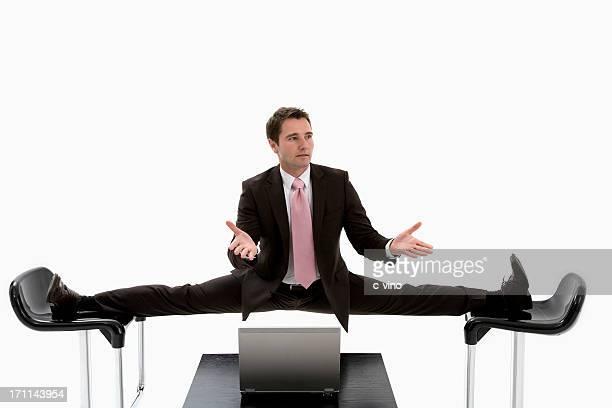 Manager, gefangen zwischen zwei Stühlen