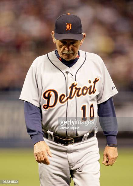 Manager Jim Leyland of the Detroit Tigers walks back to the dugout after a mound conference during the American League Tiebreaker game against the...