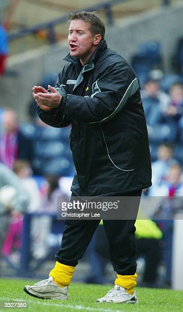 Manager John Robertson of Inverness shouts at his players during the Tennents Scottish FA Cup Semi Final match between Inverness Caledonian Thistle...