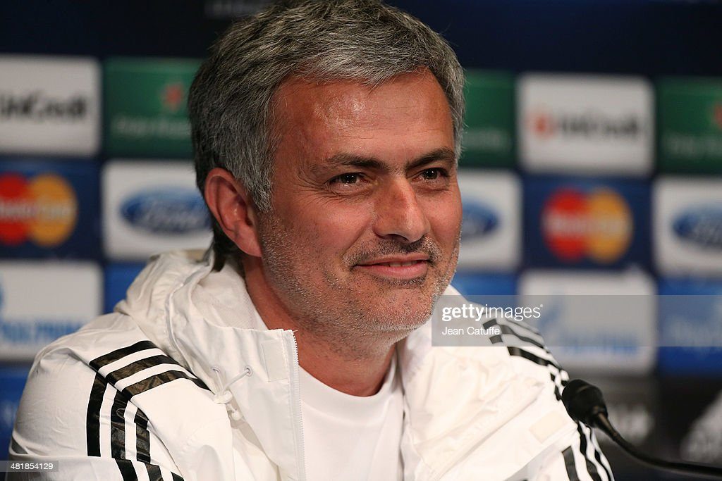 Chelsea Training Session and Press Conference : Photo d'actualité