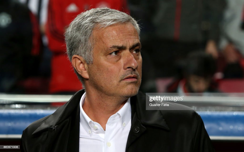 SL Benfica v Manchester United FC - UEFA Champions League : News Photo