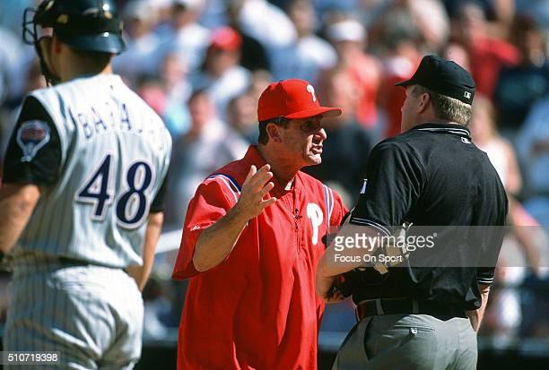Manager Larry Bowa of the Philadelphia Phillies argues with an Umpire during a Major League Baseball game against the Arizona Diamondbacks circa 2001...