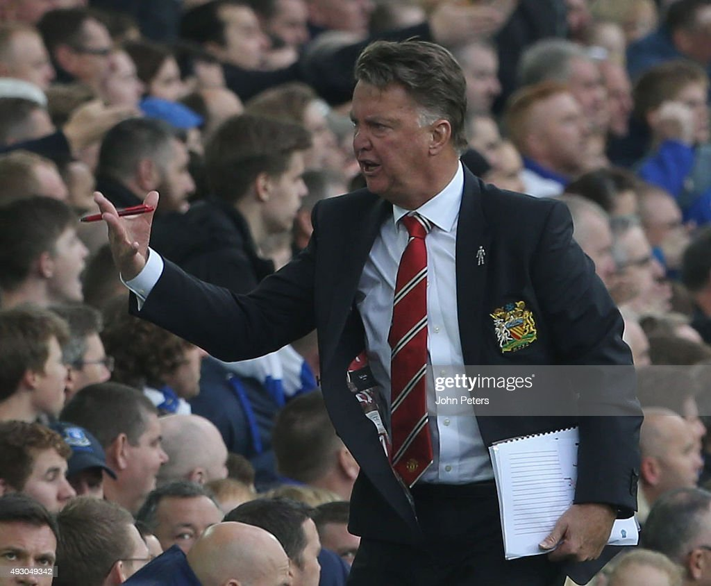 Manager Louis van Gaal of Manchester United shouts instructions from Tthe touchline during the Barclays Premier League match between Everton and Manchester United at Goodison Park on October 17, 2015 in Liverpool, England.