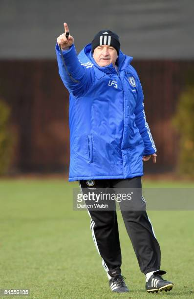 Manager, Luiz Felipe Scolari of Chelsea gives instructions during a training session at the Chelsea FC training ground on January 30, 2009 in Cobham,...