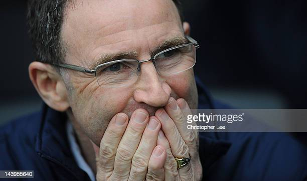Manager Martin O'Neill of Sunderland looks on before the Barclays Premier League match between Fulham and Sunderland at Craven Cottage on May 6 2012...