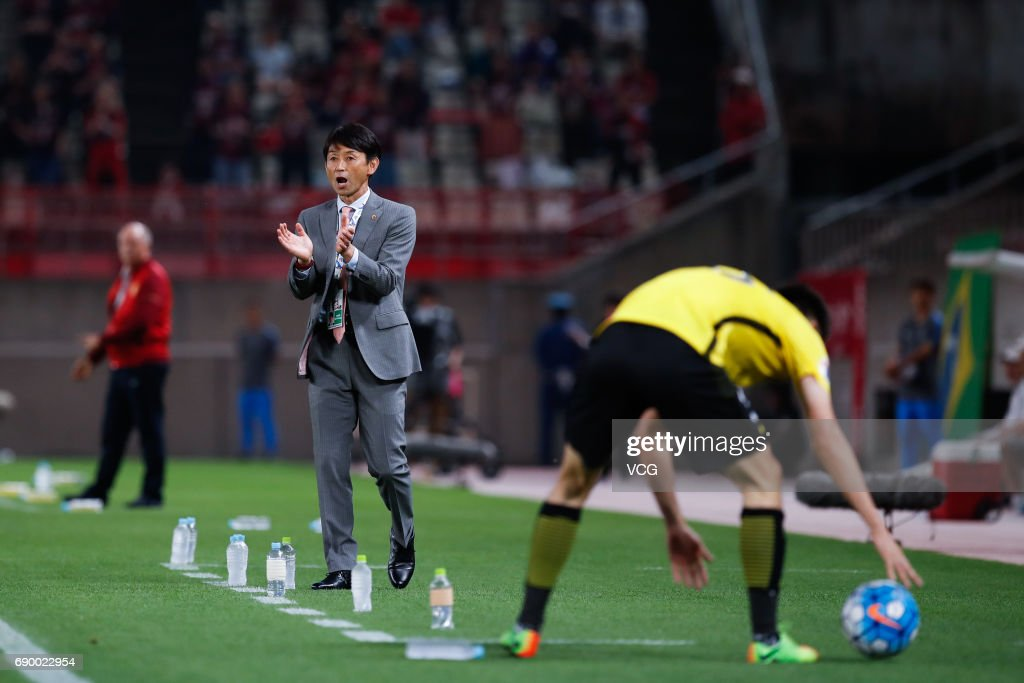 Kashima Antlers v Guangzhou Evergrande FC - AFC Champions League Round Of 16