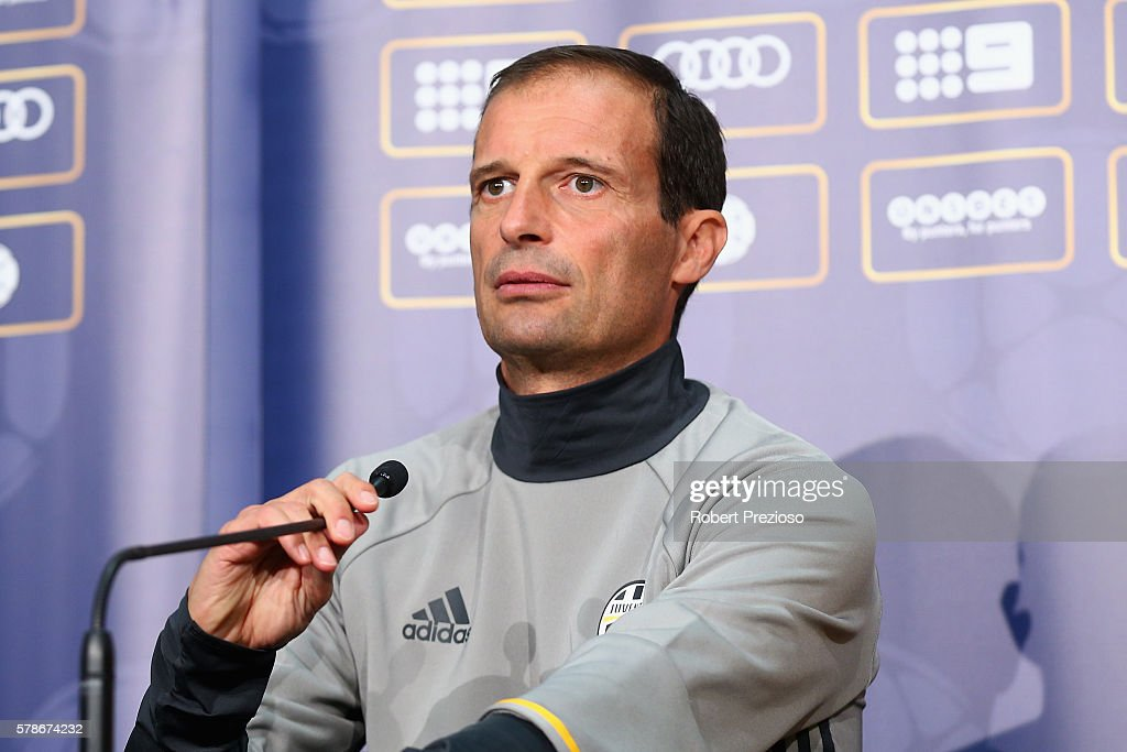 Juventus FC Press Conference & Training Session : News Photo