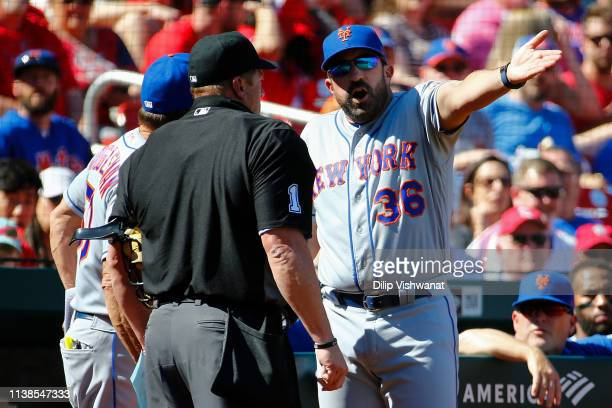 Manager Mickey Callaway of the New York Mets argues with umpire Bruce Dreckman after getting ejected from the game in the seventh inning against the...