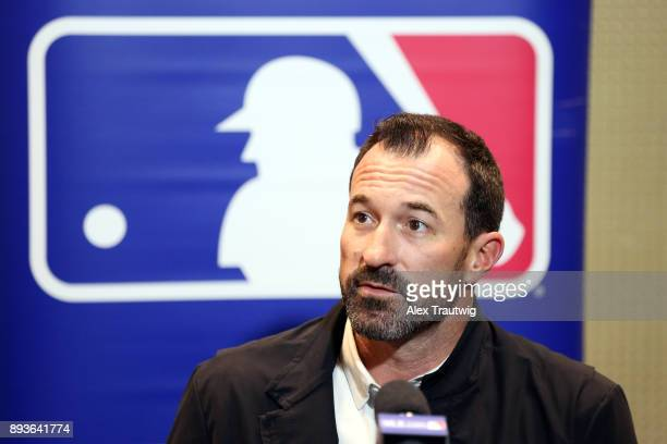 Manager Mickey Callaway of the New York Mets speaks during media availability at the 2017 Winter Meetings at the Walt Disney World Swan and Dolphin...