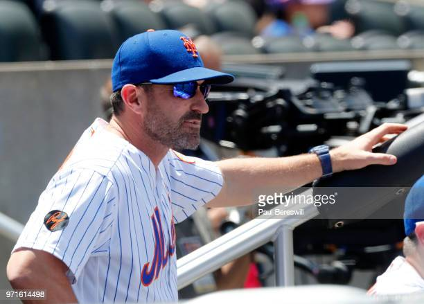 Manager Mickey Callaway of the New York Mets talks with his team before an interleague MLB baseball game against the Baltimore Orioles on June 6 2018...