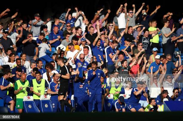 Manager of Chelsea Antonio Conte celebrates at full time after their 10 win during the Premier League match between Chelsea and Liverpool at Stamford...