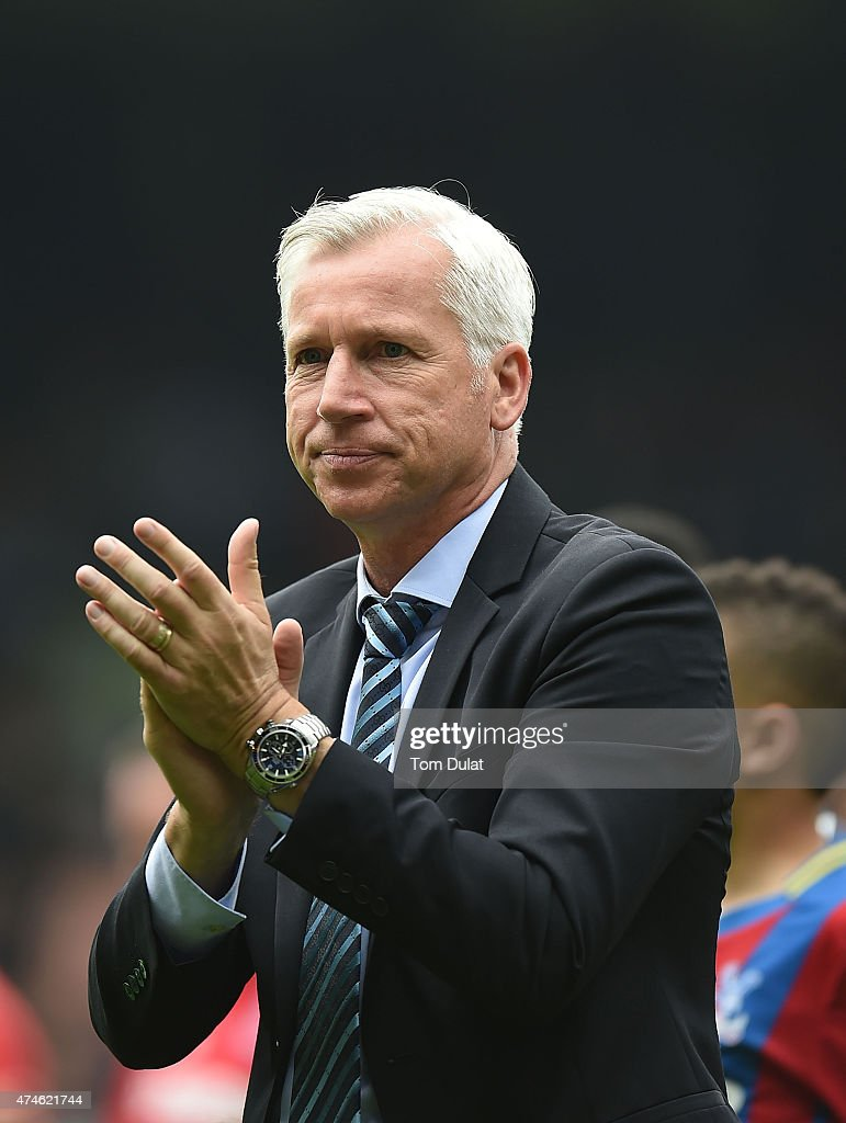 Manager of Crystal Palace Alan Pardew salutes the fans after the Barclays Premier League match between Crystal Palace and Swansea City at Selhurst Park on May 24, 2015 in London, England.