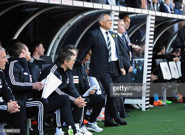 Manager of Fulham Felix Magath looks on during the Barclays Premier League match between Fulham and Newcastle United at Craven Cottage on March 15...