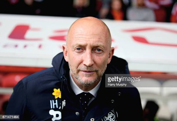 Manager of Queens Park Rangers Ian Holloway looks on prior to the Sky Bet Championship match between Brentford and Queens Park Rangers at Griffin...