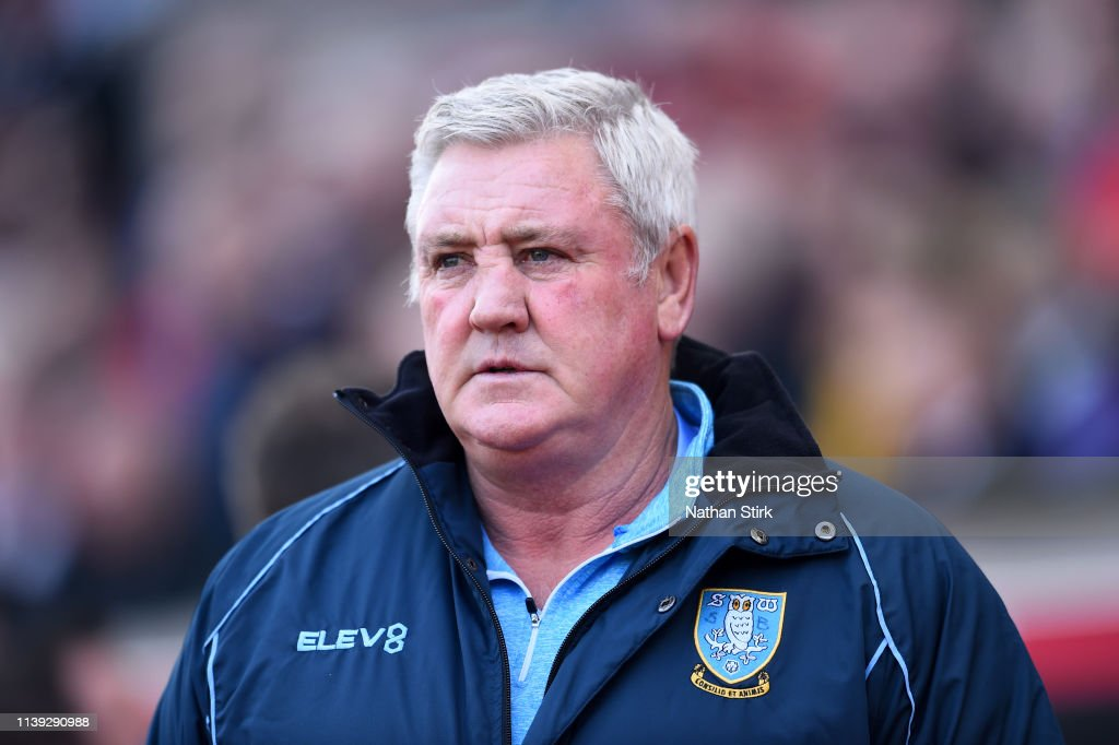 Stoke City v Sheffield Wednesday - Sky Bet Championship : News Photo