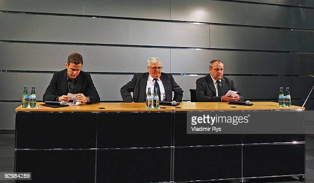 Manager Oliver Bierhoff German Football Association president Theo Zwanziger and press officer Harald Stenger attend the press conference of the...