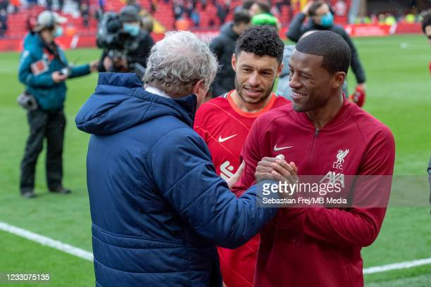 Manager Roy Hodgson of Crystal Palace and Georginio Wijnaldum and Alex Oxlade-Chamberlain of Liverpool during the Premier League match between...