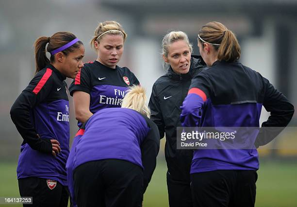 Manager Shelley Kerr of Arsenal Ladies FC speaks to Alex Scott Gilly Flaherty Steph Houghton and Ciara Grant before the Women's Champions League...