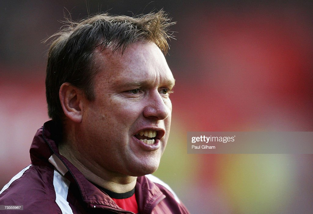 Manager Simon Davey of Barnsley looks on from the touchline during the Coca-Cola Championship match between Southampton and Barnsley at St Mary's Stadium on February 17, 2007 in Southampton, England.