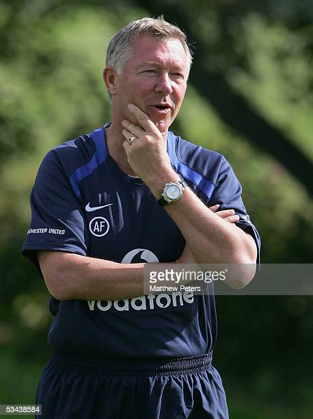 Manager Sir Alex Ferguson of Manchester United in action during a first team training session at Carrington Training Ground on August 19, 2005 in...