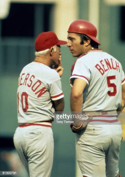 Manager Sparky Anderson with cathcer Johnny Bench of the Cincinnati Reds