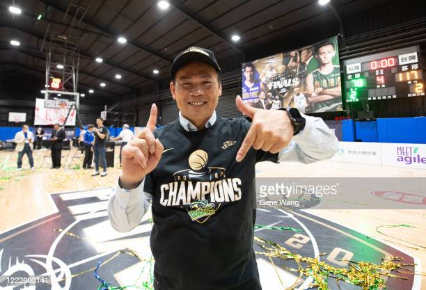 Manager Ta Tsung Chiu of Taiwan Beer poses after winning the SBL Finals Game Six between Taiwan Beer and Yulon Luxgen Dinos at Hao Yu Trainning...