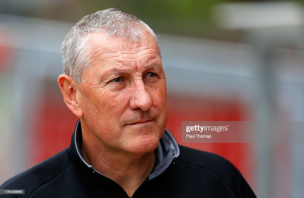 Manager Terry Butcher of Inverness Caledonian Thistle watches on before the Scottish Premier League match between Dundee United and Inverness Caledonian Thistle at Tannadice Park on August 10, 2013 in Dundee, Scotland