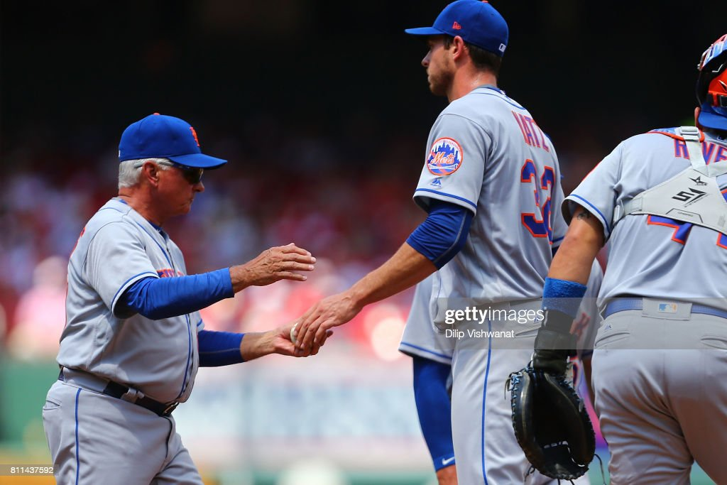 Manager Terry Collins #10 of the New York Mets pulls pitcher Steven Matz #32 of the New York Mets against the St. Louis Cardinals in the fifth inning at Busch Stadium on July 9, 2017 in St. Louis, Missouri.