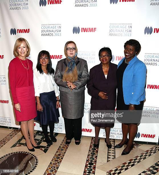 Managing Editor at PBS NewsHour Judy Woodruff Honorees Bopha Phorn Najiba Ayubi Edna Machirori and Journalist Gwen Ifill attend the International...