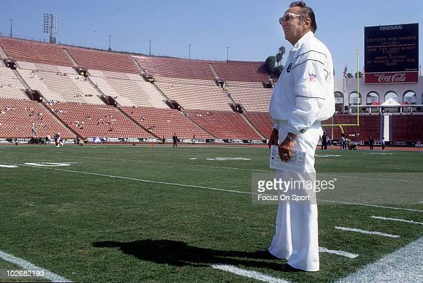 Managing General Partner Al Davis of the Los Angeles Raiders in this portrait on the field circa 1989 before an NFL football game at the Los Angeles...